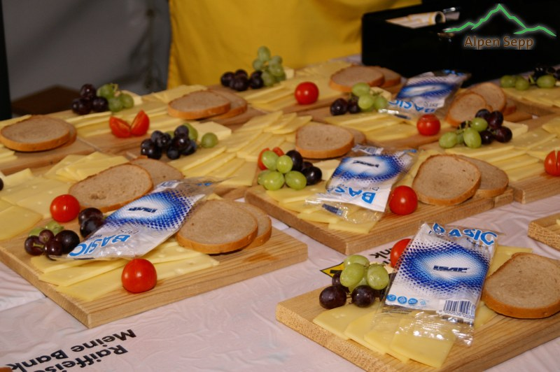 Käseplatten im Festzelt