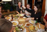 Käsespätzle Gasthaus Kreuz Bildstein - die Fäden passen